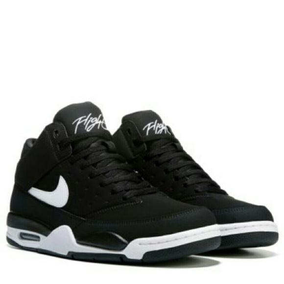 newest 90e38 dc814 Nike Air Flight Classic Black White. M 5a9f28e150687c63423296fb